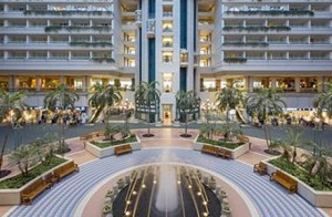 Orlando airport terminal hotel picture